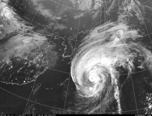 過去最大級の台風接近中!